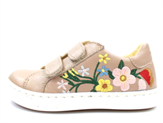 Angulus sneaker make-up med blomster