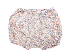 Wheat shorts nappy rose flowers