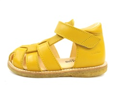 Angulus sandal yellow