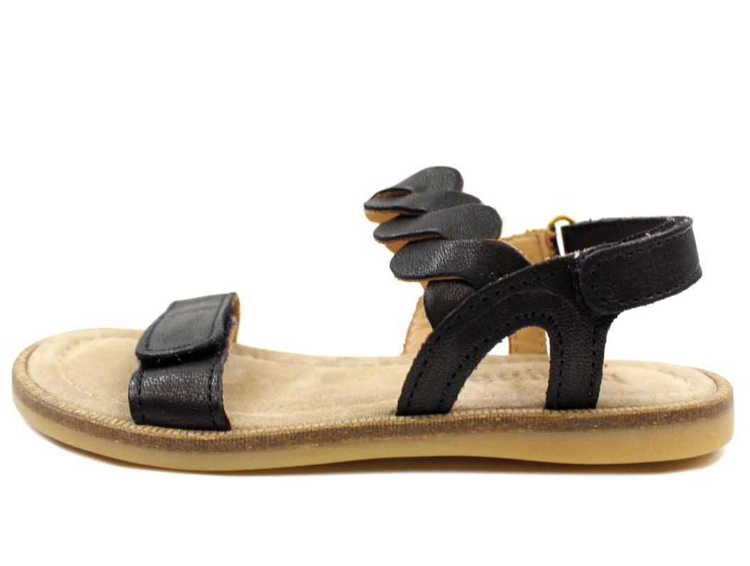 ee2a44cef723 Bisgaard sandal sort med flet til store piger