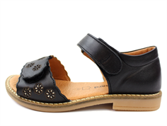 Bundgaard Alma sandal black flowers