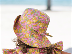 Huttelihut sommerhat Yvonne clementina tana lawn