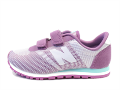 New Balance sneaker purple med velcro