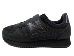 New Balance sneaker black