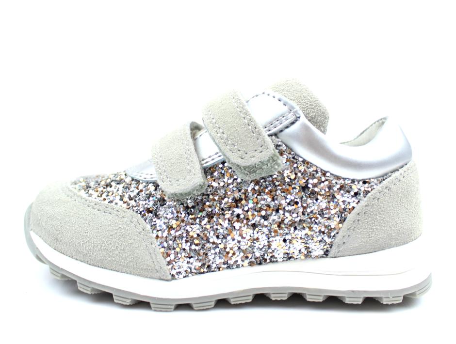 8fcc5186857 Petit by Sofie Schnoor sneakers grå glimmer | P171610 l.grey | str ...