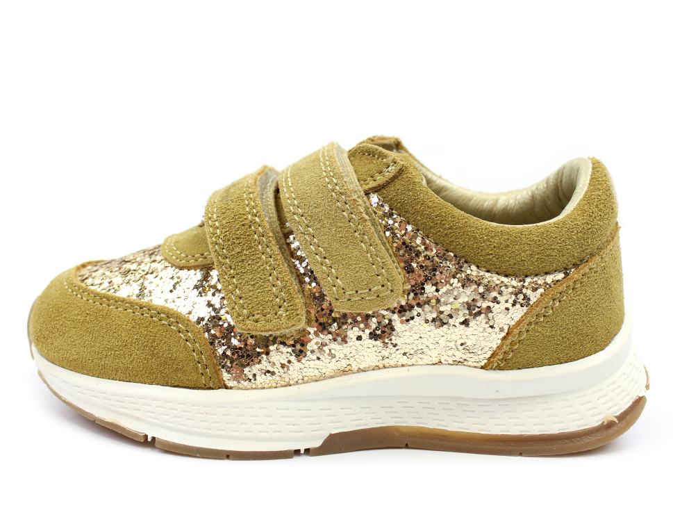 71df7a1a795d Petit by Sofie Schnoor sneakers champagne glimmer