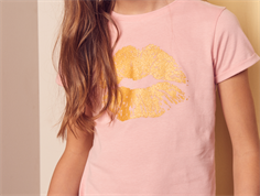 Petit by Sofie Schnoor t-shirt rose gold kiss