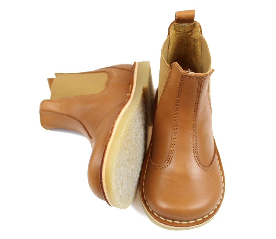 a6b85f65e116 Pom Pom støvlette camel med elastik