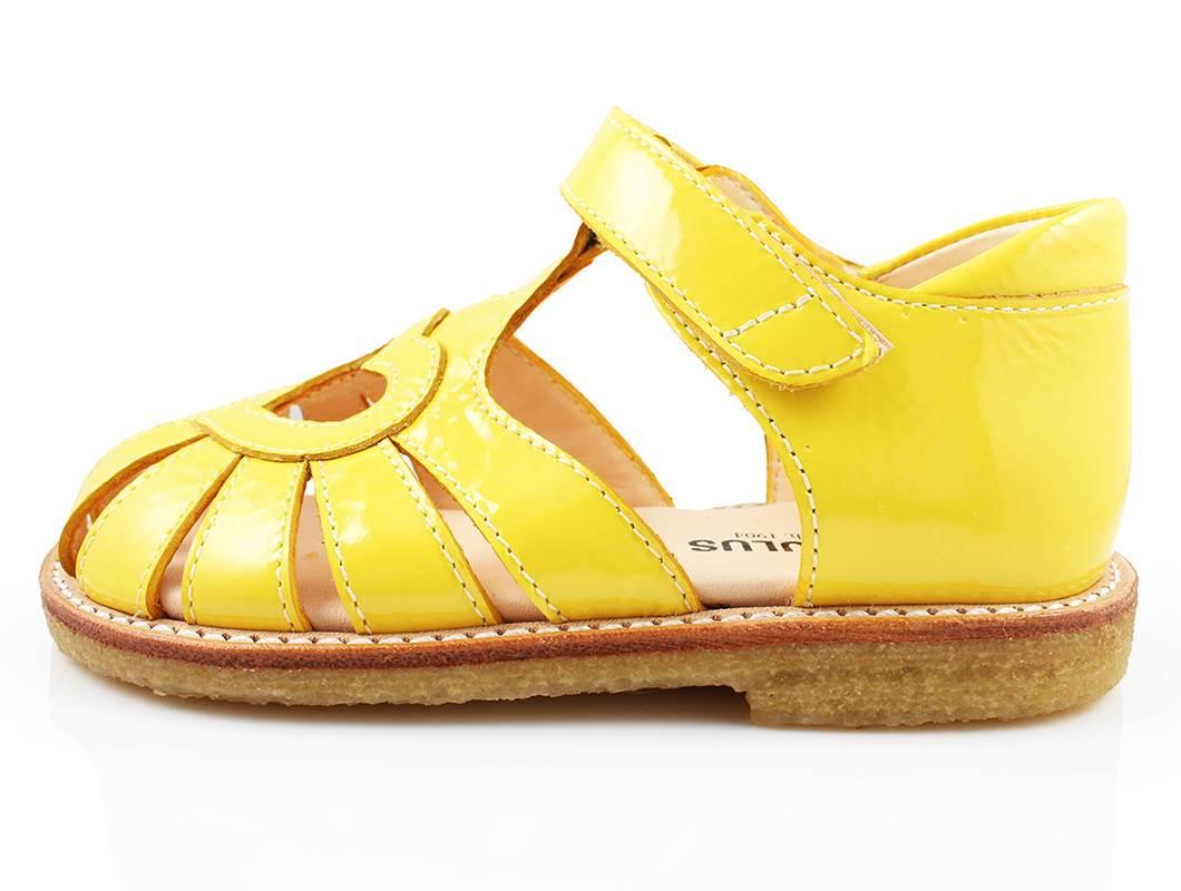 fd3d0a52b851 Angulus sandal gul lak