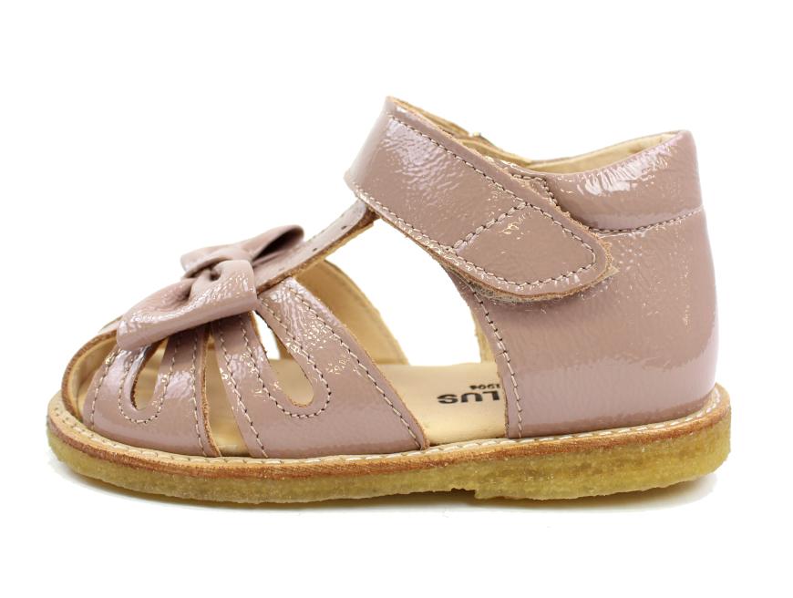 db51e1cf402 Angulus sandal rose lak med sløjfe | 5019-101 rose | Udsalget er i fuld  gang hos MilkyWalk