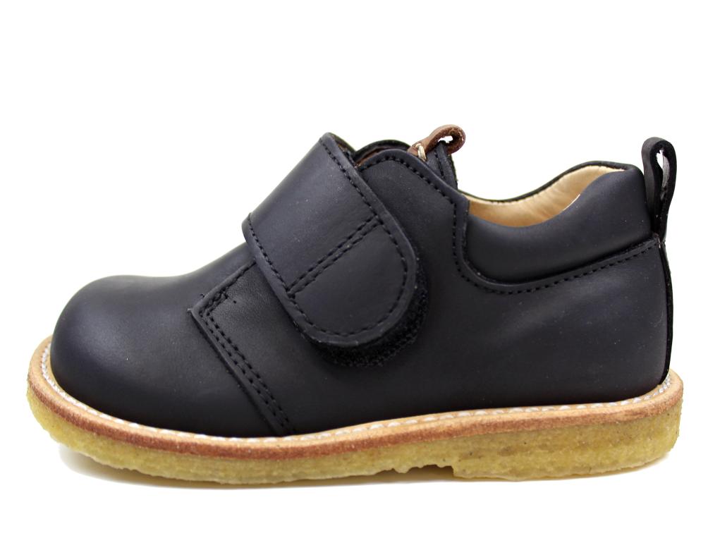 2bfd58934ca Angulus brede sko sort med cognacfarvet logo   3271-101   str. 23-28 ...