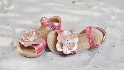 82983e139c6 Børnesko og børnetøj | Køb sko og tøj til børn online hos MilkyWalk ...